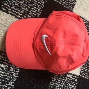 PINK EUC Nike women's hat